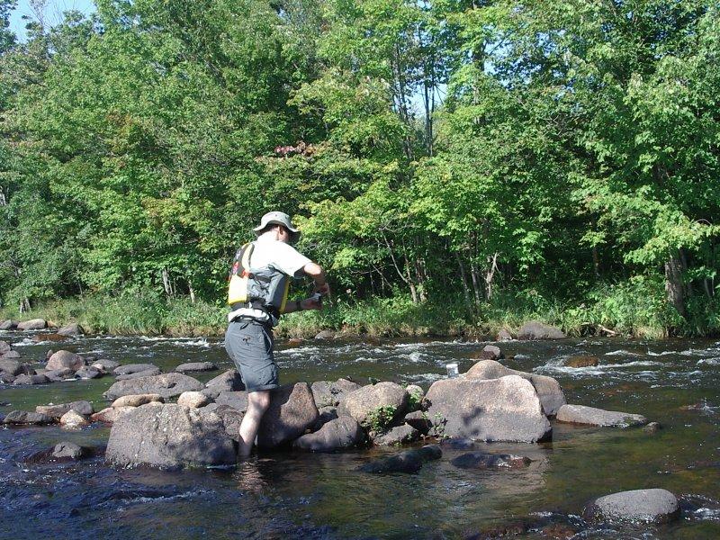 Échantillonnage d'eau - Rivière du Nord